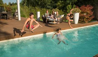 Urlaub zu Hause: Badespaß mit bester Wasserqualität